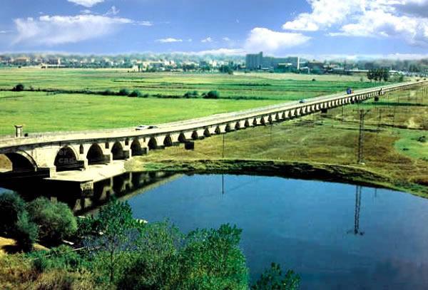 tarıhı köprü
